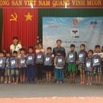 Quỹ hỗ trợ giáo dục Nam Trường Sơn Kaspersky trao tặng 2,000 phần quà và 160 chiếc xe đạp cho các em học sinh tỉnh Quảng Trị, Ng