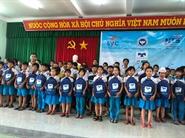 Quỹ Hỗ Trợ Giáo Dục NTS Kaspersky trao quà tặng cho học sinh các tỉnh miền Trung