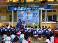 Quỹ Hỗ Trợ Giáo Dục NTS Kaspersky trao quà tặng cho học sinh 3 tỉnh Tiền Giang, Bến Tre, Trà Vinh